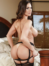 Sexy MILF Kendra Lust Posing In Sexy Lingerie
