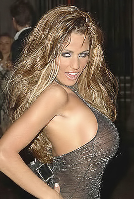 Katie Price is one foxy blonde
